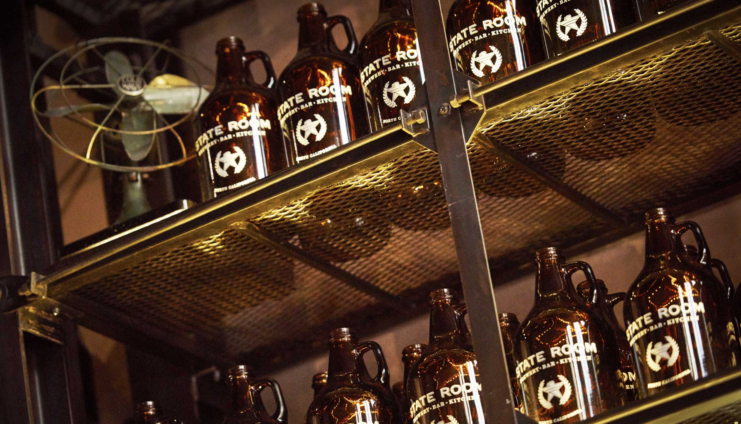 stateroom-brewery-growlers